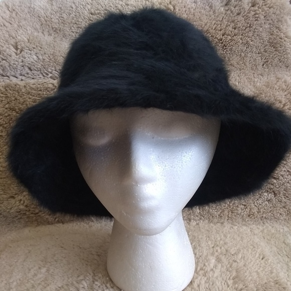 4dc01160b3a Cappelli Accessories - Angora Black Bucket Hat One Size Women